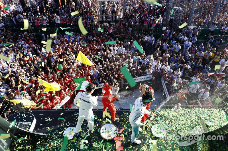 Sebastian Vettel, Ferrari, Luigi Fraboni, Ferrari; Lewis Hamilton, Mercedes AMG F1; Valtteri Bottas,