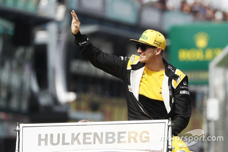 Nico Hulkenberg, Renault Sport F1 Team, in the drivers parade