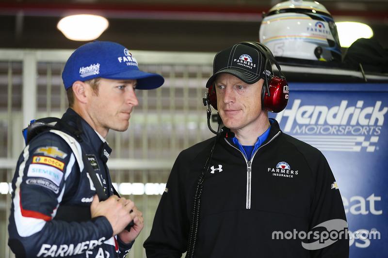 Kasey Kahne, Hendrick Motorsports, Chevrolet, mit Crewchief Keith Rodden