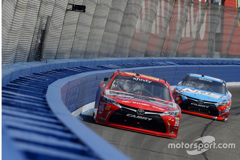 Erik Jones, Joe Gibbs Racing, Toyota; Kyle Busch, Joe Gibbs Racing, Toyota