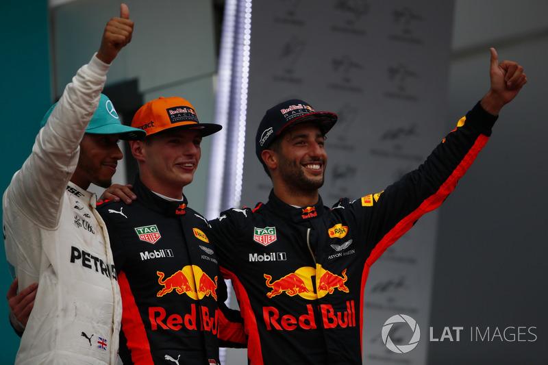 second place Lewis Hamilton, Mercedes AMG F1, Max Verstappen, Red Bull Racing, race winner, third place Daniel Ricciardo, Red Bull Racing, on the podium