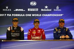 Ganador de la carrera Charles Leclerc, PREMA Powerteam, segundo lugar Artem Markelov, RUSSIAN TIME,