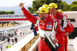 LMGTE podium: winners Duncan Cameron, Matt Griffin, Aaron Scott, Spirit of Race
