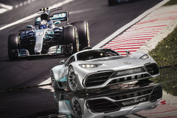 Showcar Mercedes-AMG Project ONE y el Mercedes AMG F1 W08