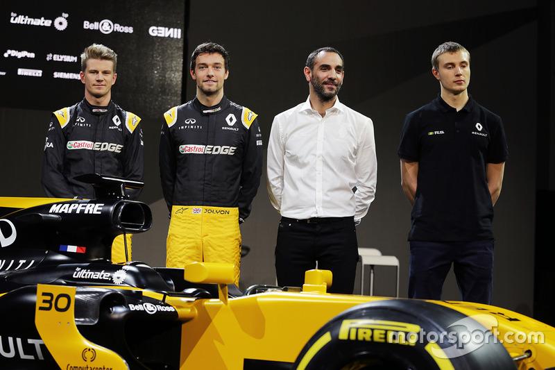Nico Hülkenberg, Jolyon Palmer, Cyril Abiteboul, Sergey Sirotkin und der Renault RS17