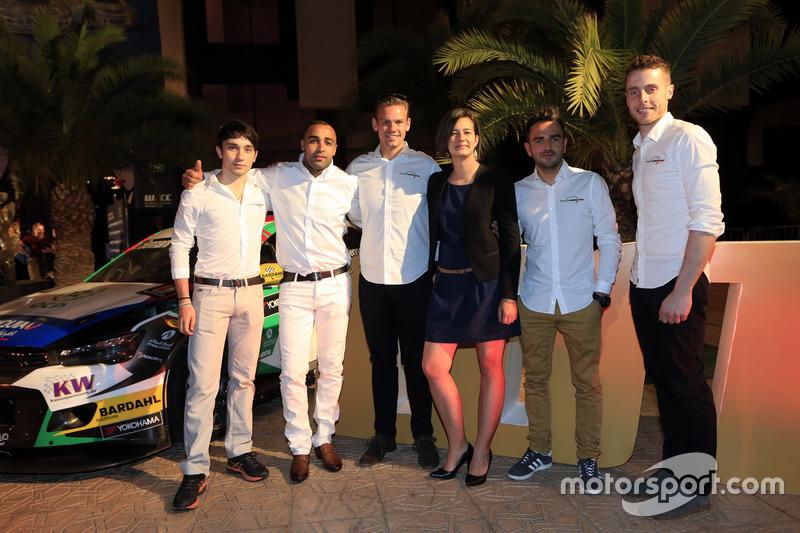 John Filippi, Tom Chilton, Sébastien Loeb Racing, Citroën C-Elysée WTCC, mit Teammitgliedern