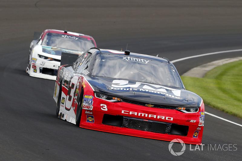 Ty Dillon, Richard Childress Racing Chevrolet y Tyler Reddick, Chip Ganassi Racing Chevrolet