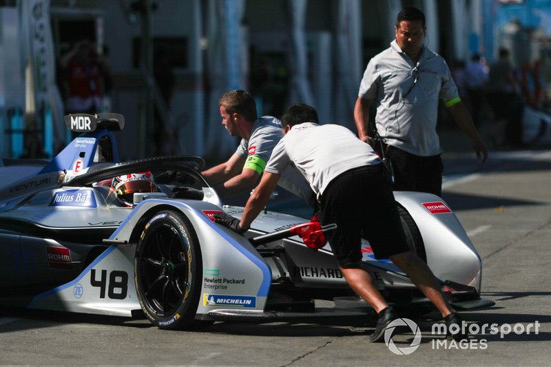 Edoardo Mortara Venturi Formula E, Venturi VFE05 is pushed back into the garage