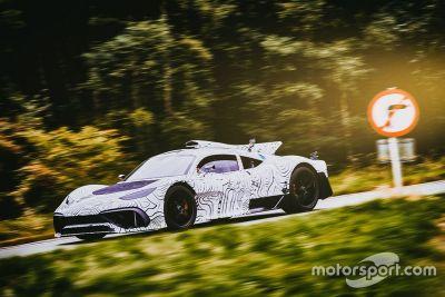 Essais sur route du Mercedes-AMG Project One