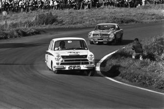 Jim Clark, Lotus Cortina, Jack Brabham, Ford Mustang