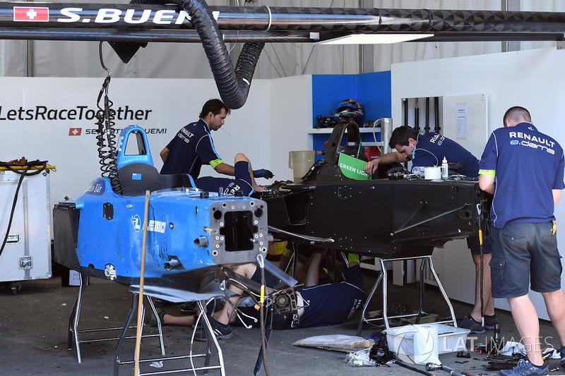 Renault eDams mecánica trabajan en la construcción de un auto nuevo para Sébastien Buemi, Renault e.