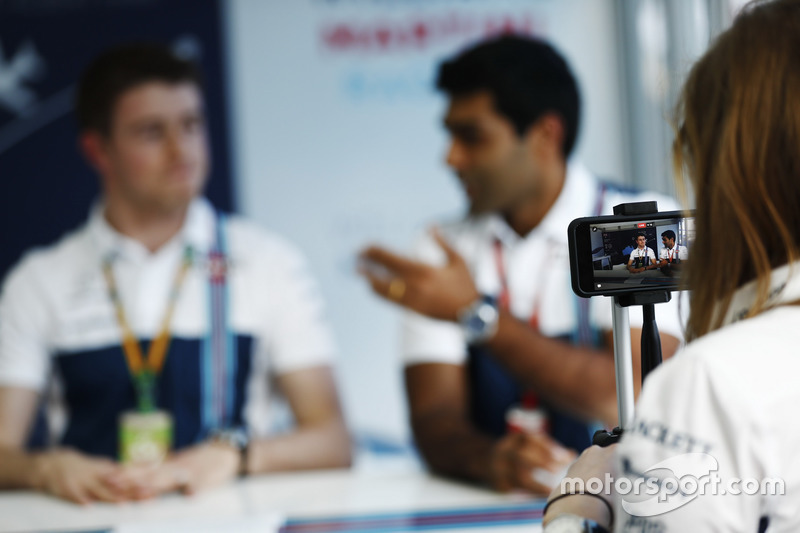 Paul di Resta und Karun Chandhok bei Williams