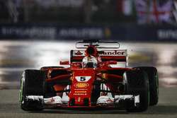 Sebastian Vettel, Ferrari SF70H, on the formation lap