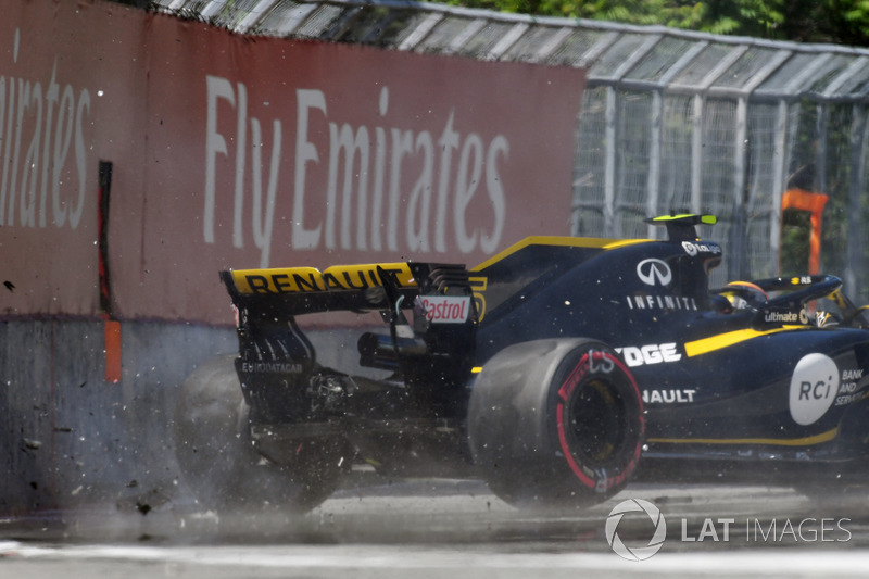 Carlos Sainz Jr., Renault Sport F1 Team R.S. 18 colpisce il muro nelle FP2