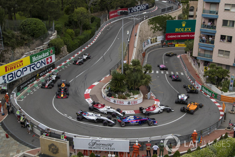 Mónaco: 6 adelantamientos