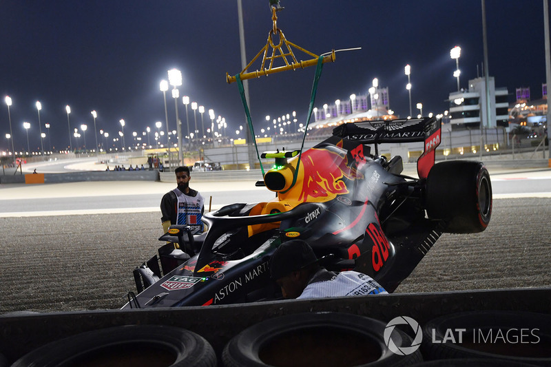 15: Max Verstappen, Red Bull Racing RB14, no time (kecelakaan di Q1)