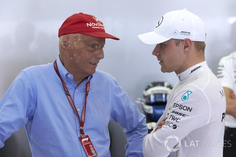 """Niki Lauda: """"Acho que poderíamos ter conseguido, e porque Vettel só recebeu cinco segundos por esse enorme erro que eu realmente não entendo. Foi muito pouco."""""""
