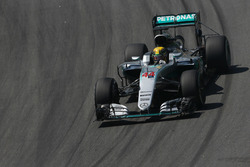 Льюіс Хемілтон, Mercedes F1 W07