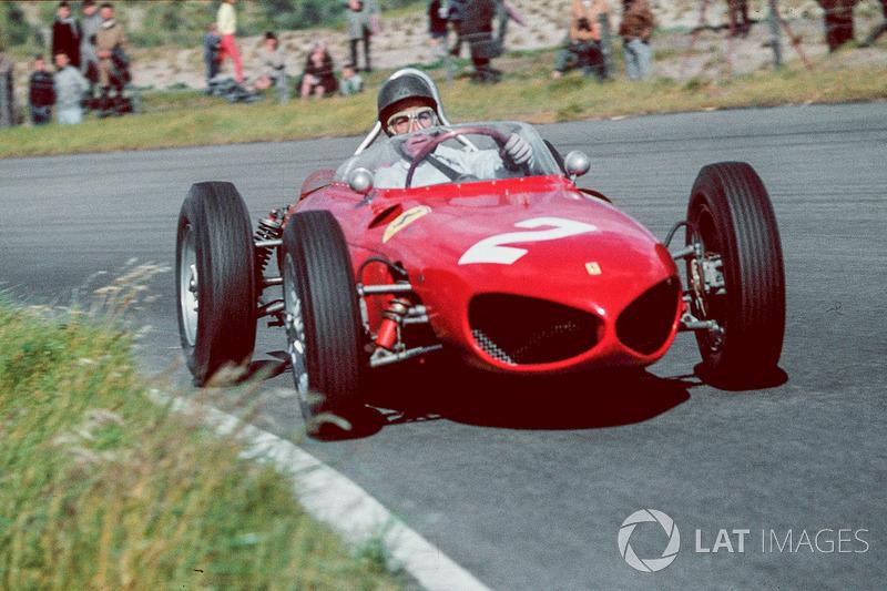 Заезды в Реймсе начались в пятницу 30 июня. Мощные моторы V6 на длинных прямых прямых сразу вывели Ferrari в лидеры. Команда привезла на этап четыре машины…