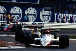 Eddie Cheever, Arrows ve Jean Louis Schlesser, Williams