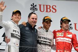 Podyum: 2. Nico Rosberg, Mercedes AMG F1, Ron Meadows, Mercedes AMG F1 Team Manager, yarış galibi Lewis Hamilton, Mercedes AMG F1, third place Fernando Alonso, Ferrari