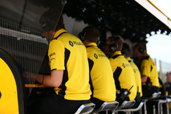 Pórtico de Renault Sport F1 Team pit