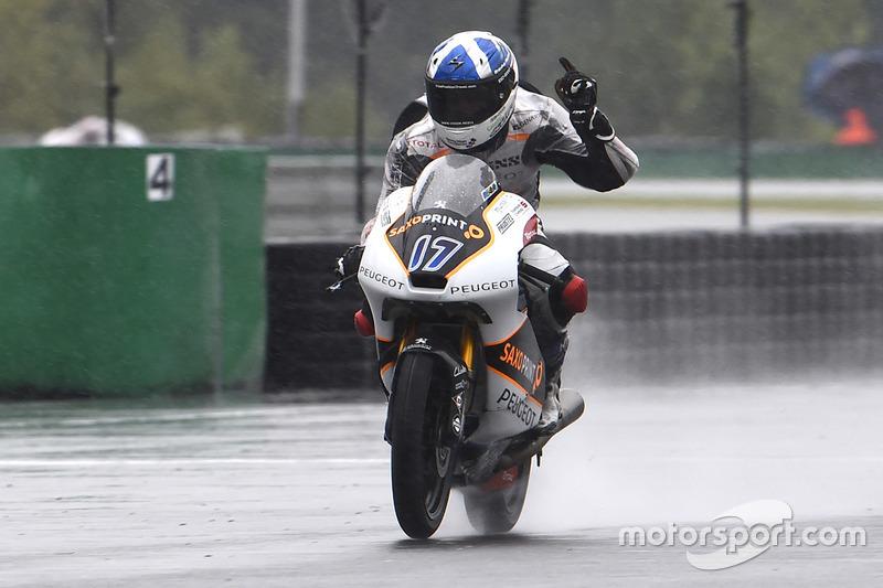 Il vincitore della gara John McPhee, Peugeot MC Saxoprint