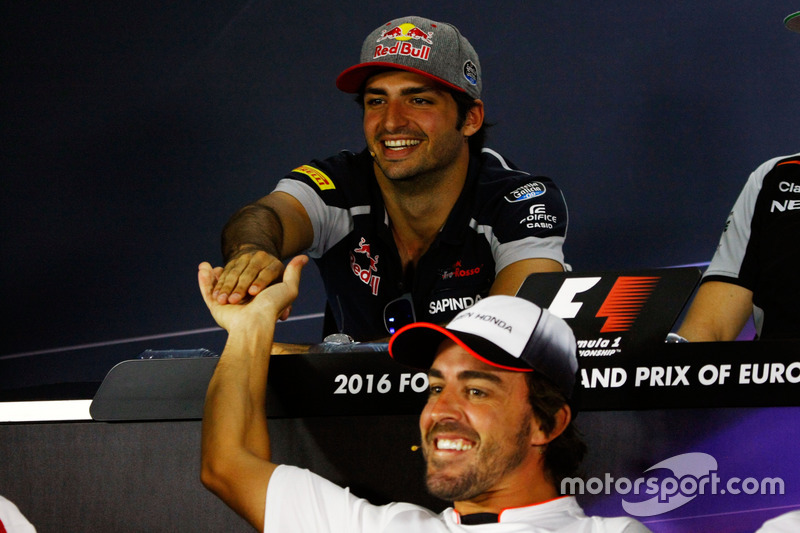 Фернандо Алонсо, McLaren і Карлос Сайнс-мол., Scuderia Toro Rosso, прес-конференція
