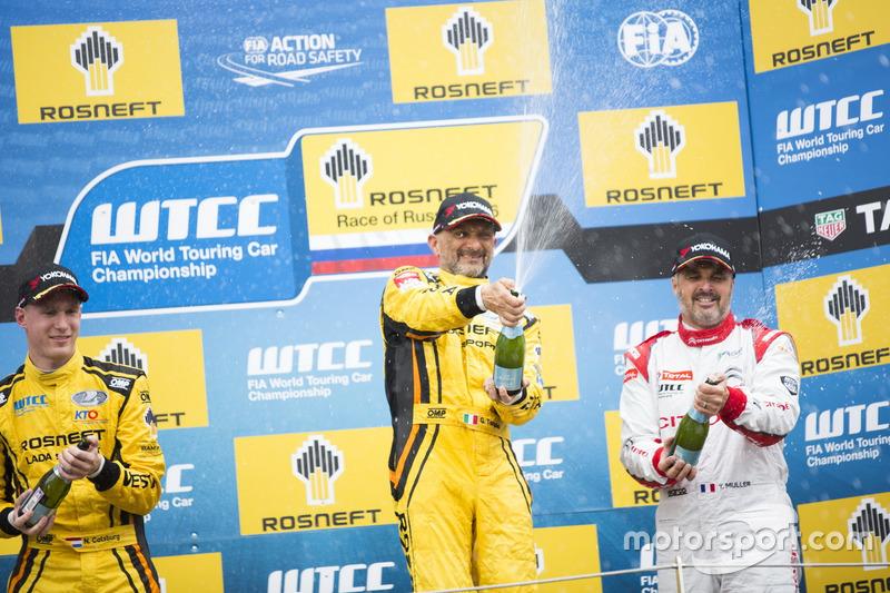 Podium: Sieger Gabriele Tarquini, LADA Sport Rosneft, Lada Vesta