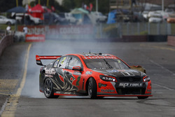 Race winners Garth Tander and Warren Luff, Holden Racing Team
