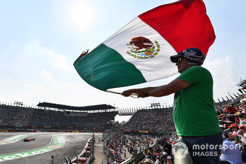 Atmosfer tribun GP Meksiko