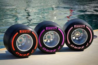 Les pneus Pirelli F1 exposés