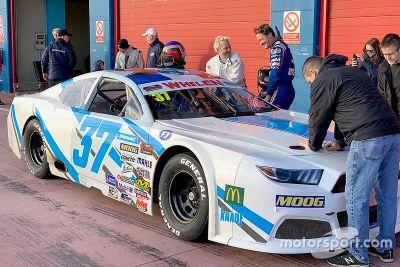 Prueba de Villeneuve en la NASCAR Euro Series