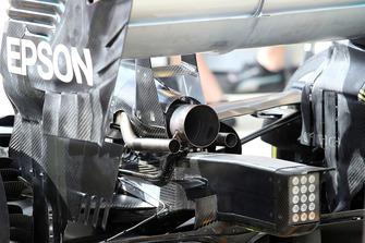 Mercedes AMG F1 W09, scarico