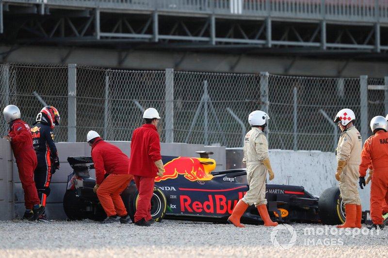 П'єр Гаслі, Red Bull Racing RB15, потрапив у аварію