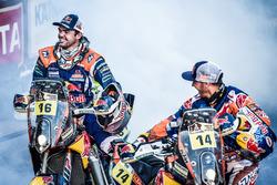 Ganadores #14 Red Bull KTM Factory Racing: Sam Sunderland y #16 Red Bull KTM Factory Racing: Matthia