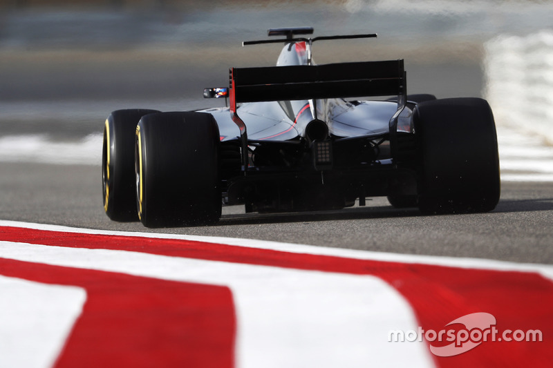 14. Romain Grosjean, Haas F1 Team VF-17