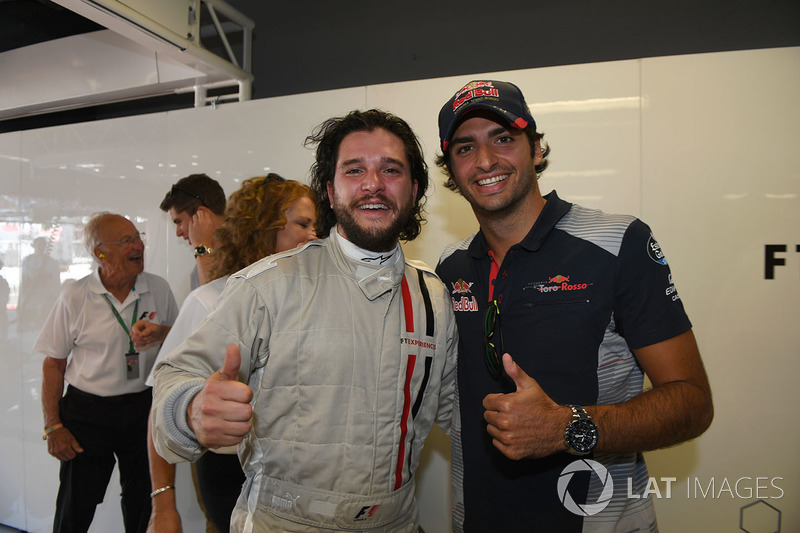 F1 Experiences 2-Seater passenger Kit Harington, Actor and Carlos Sainz Jr., Scuderia Toro Rosso