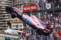 После аварии: автомобиль Эстебана Окона, Force India VJM10