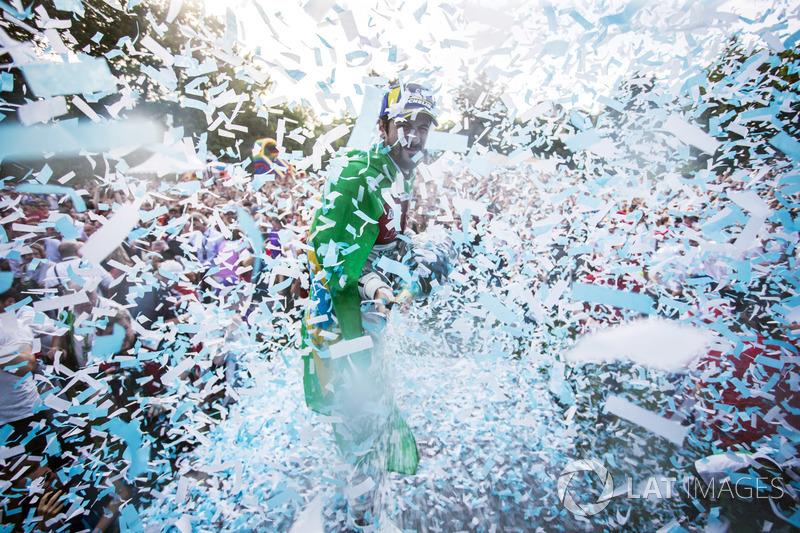 Lucas di Grassi, Audi Sport ABT Schaeffler, wins the Zurich ePrix, with Sam Bird, DS Virgin Racing, in second Jérôme d'Ambrosio, Dragon Racing, in third