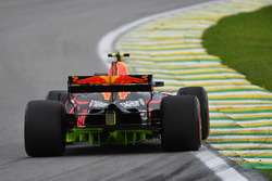 Max Verstappen, Red Bull Racing RB13 with aero paint on rear diffuser