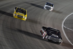 Kyle Busch, Kyle Busch Motorsports, Toyota Tundra Cessna, Grant Enfinger, ThorSport Racing, Ford F-150 Protect The Harvest/Curb Records