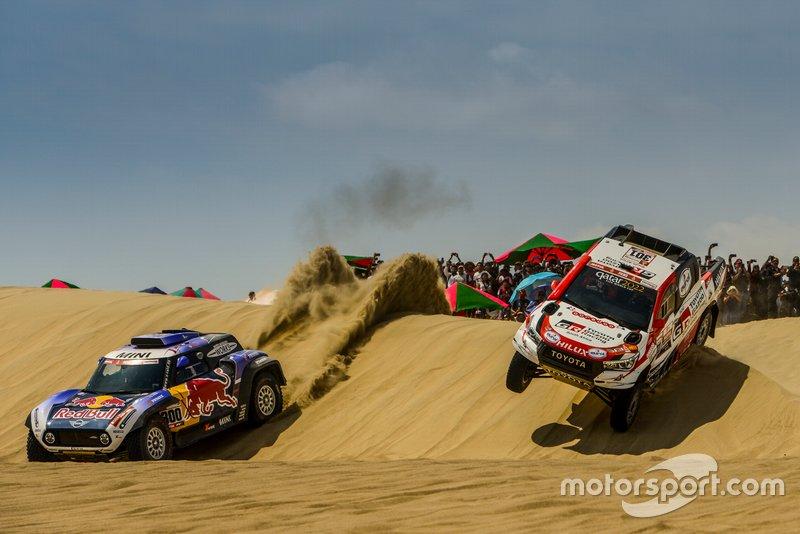 #300 X-Raid Mini JCW Team: Карлос Сайнс, #301 Toyota Gazoo Racing SA: Нассер Аль-Аттія
