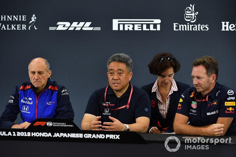 Franz Tost, director de la Scuderia Toro Rosso, Toyoharu Tanabe, Honda F1 director técnico de Honda y Horner, director de Red Bull