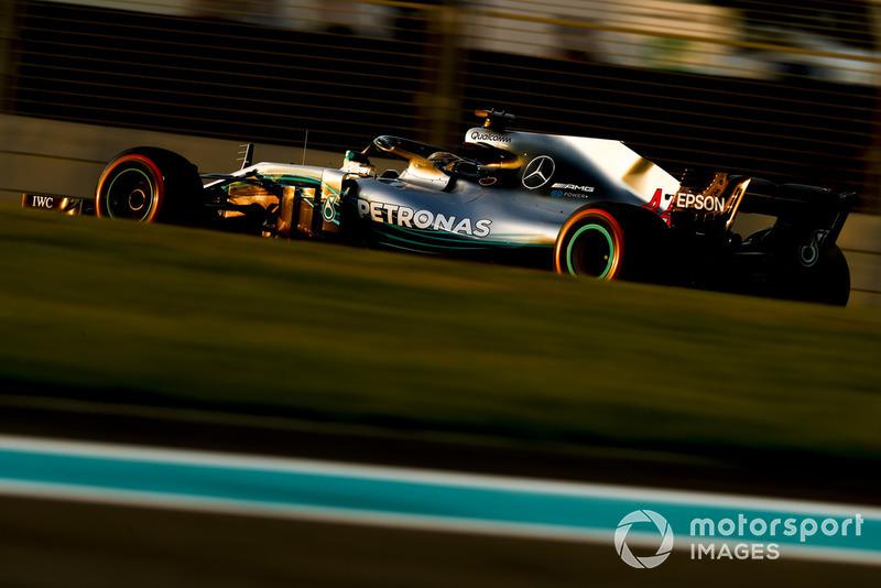 1. Lewis Hamilton: 218 punten - positie ongewijzigd