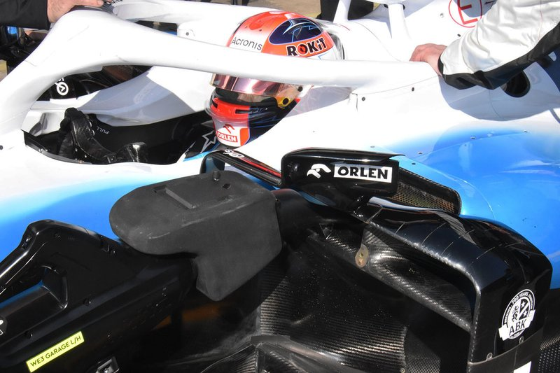 robert Kubica, Williams FW42 detalle de los pontónes