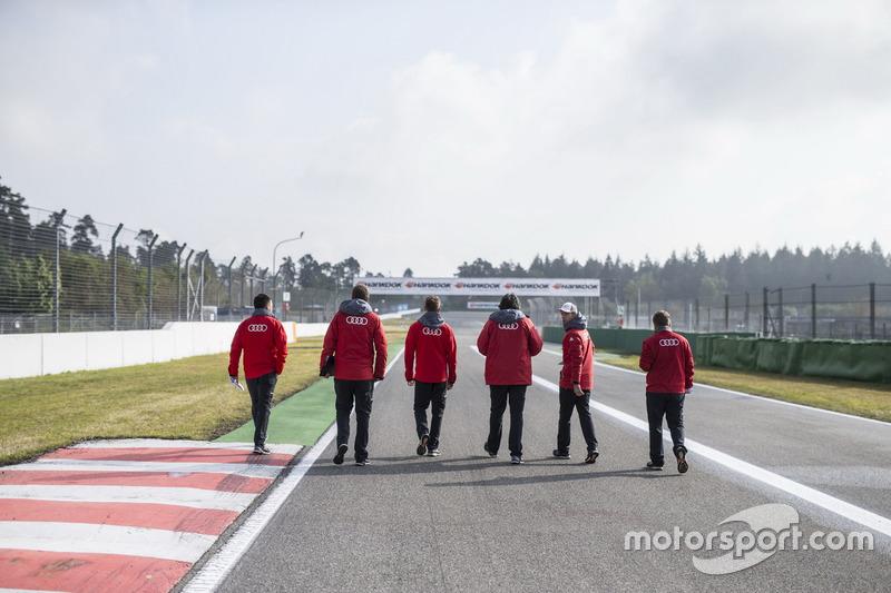 Джеймі Грін, Audi Sport Team Rosberg, Audi RS 5 DTM, гуляє по треку