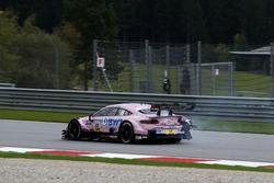 Lucas Auer, Mercedes-AMG Team HWA, Mercedes-AMG C63 DTM, nach Crash