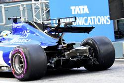 Marcus Ericsson, Sauber C36 arka kanat hasarı