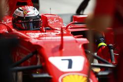 Kimi Raikkonen, Ferrari, en pits